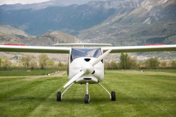 Alpha Trainer airbrakes 1